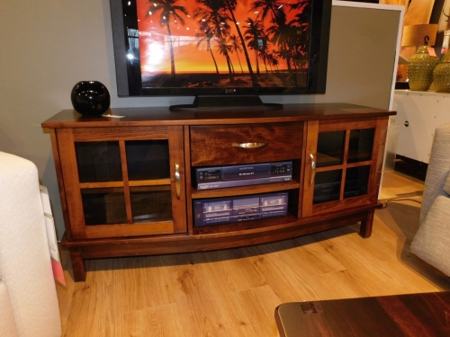 Arch Front TV Stand