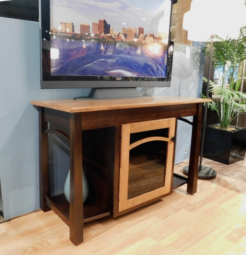 Madison TV Stand with Bow and 1 Door with Glass