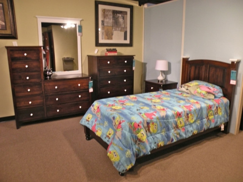 Scenic Shaker Bedroom Collection