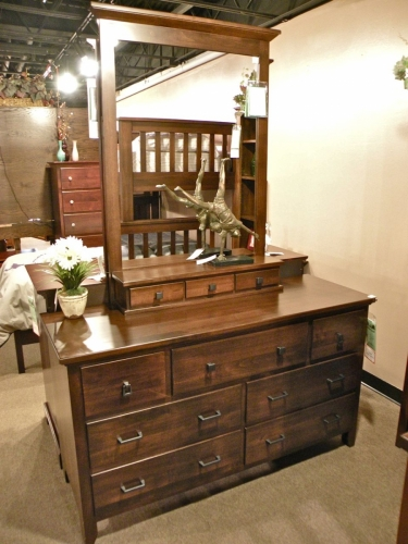 Manhattan Youth Dresser with Topper and Mirror