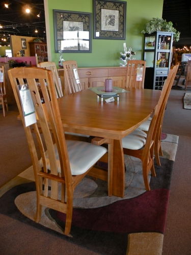 Northern Woodcraft - Cameron Dining Room