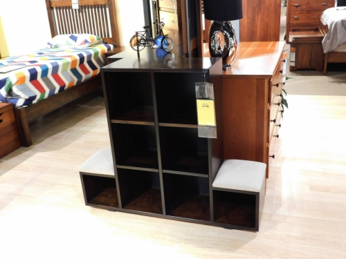Veraluxe - Child's Cube Bookcase with Seats