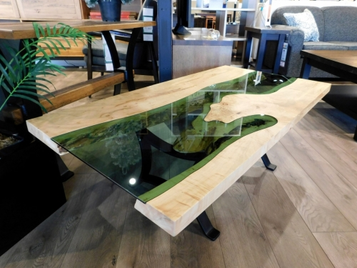 River Coffee Table with Green Glass