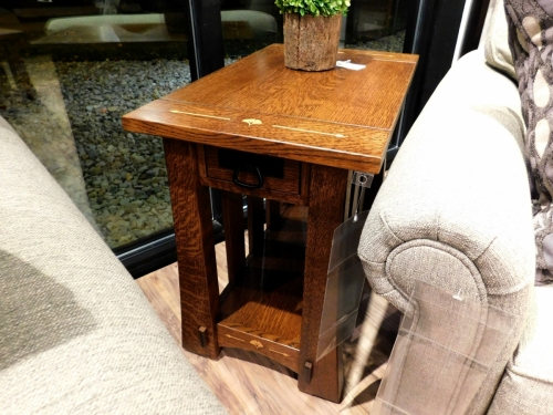 Mesa Chairside Table with Inlay