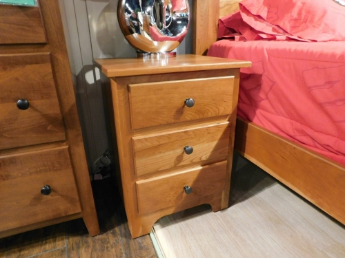 Metro 3-Drawer Nightstand