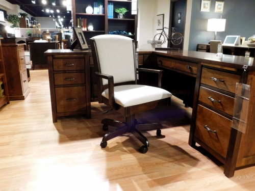 Morris Desk Chair
