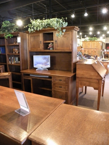 Traditional Double Pedestal Desk with CPU Tower and Hutch