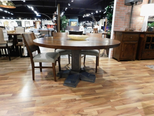 Round Rochester Single Pedestal Table